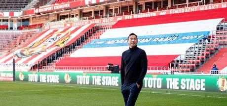 De trainer van PSV is een bijzonder kind (en soms een zondagskind)
