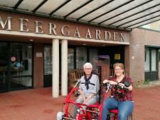 De Meergaarden in Eibergen zoekt vrijwilligers voor duofiets: 'Sommige bewoners gaan het liefst elke week een eindje fietsen'