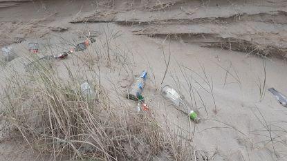 """West-Vlaamse Milieufederatie trekt aan de alarmbel: """"Meer afval in de duinen door de coronamaatregelen"""""""
