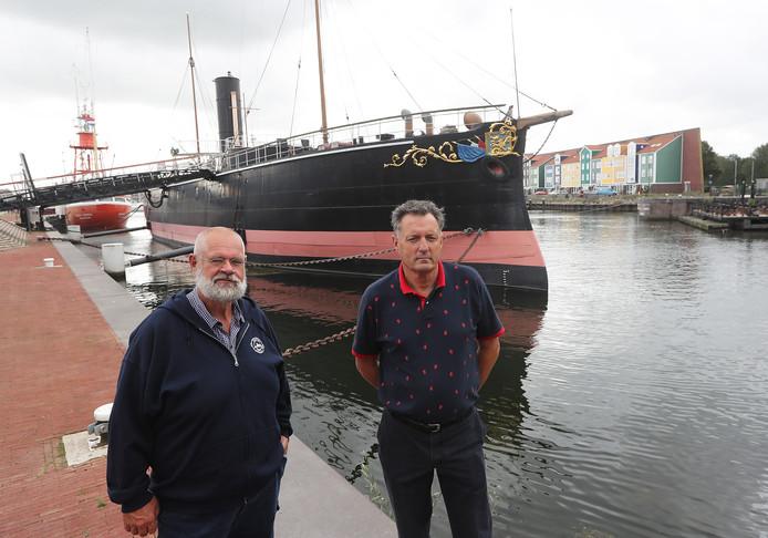 Voorzitter Tom Wensink (l) en vice-voorzitter Ed Wijbrands bij De Buffel.