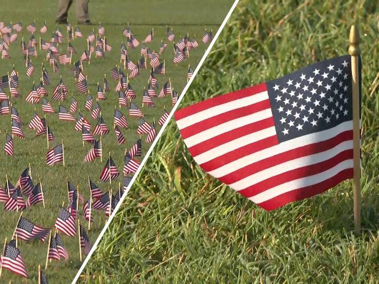 Indrukwekkende zee van vlaggetjes voor corona-slachtoffers VS