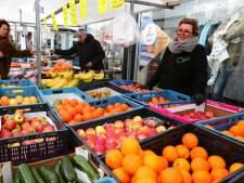 Marktlui bouwen 's ochtends fluisterend op in Leerdam sinds omwonende klaagt over geluidsoverlast