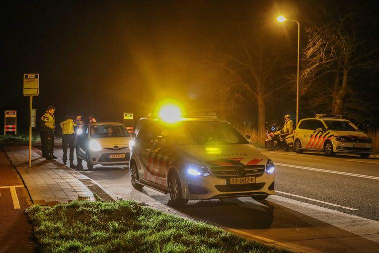 Politiecontroles op Urk tijdens de onrust in 2019. Beeld ANP