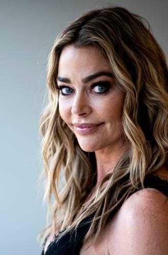 Ze werd gepluimd door Charlie Sheen en was té pikant in realitysoap: heeft Denise Richards (50) eindelijk rust gevonden?