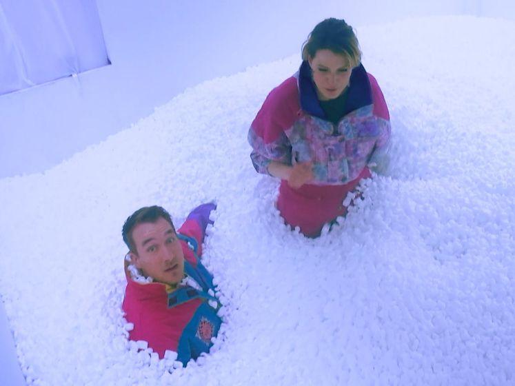 """Dina Tersago mispakt zich aan 'sneeuw' in de Code van Coppens: """"Ik heb zo'n dingske ingeslikt"""""""