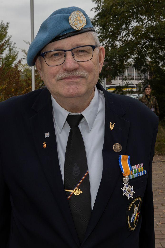 Frans van den Heuvel uit Aarle-Rixtel, Ridder in de Orde van Oranje-Nassau.