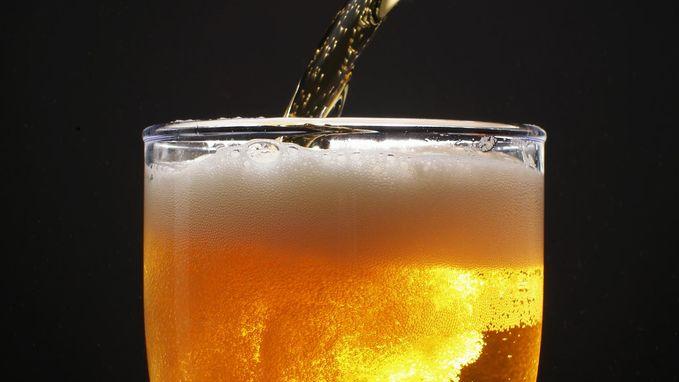 Alcohol en huidkanker: zelfs één drankje per dag verhoogt je risico