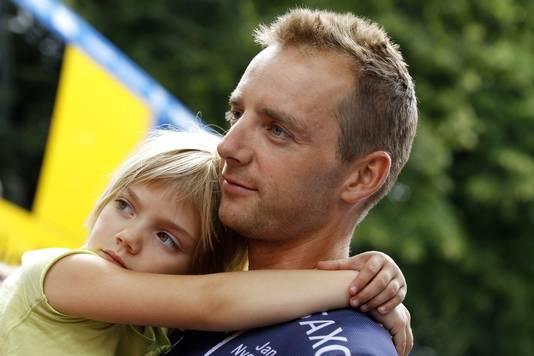 Karsten Kroon met zijn dochter Sammie.