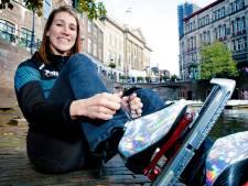Schaatsster Jessica maakt podcasts en boek over Elfstedentocht: 'Ach, die vrouwen halen de finish toch niet'