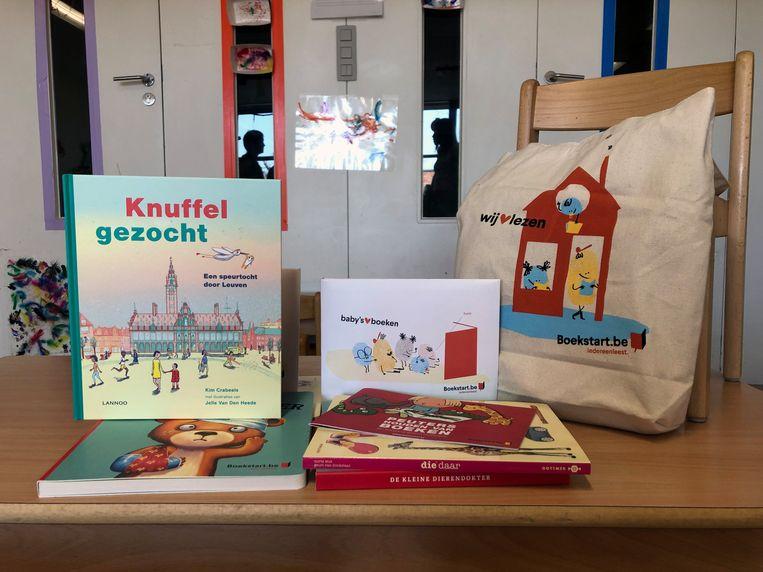 Leuven schenkt boeken aan alle kinderopvanginitiatieven en gezinswerkingen.