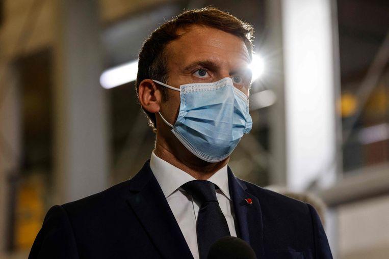 Vanaf zijn werkbezoek in Frans-Polynesië riep president Macron op tot nationale eenheid, na verdeeldheid over de nieuwe coronamaatregelen in Frankrijk. Beeld AFP