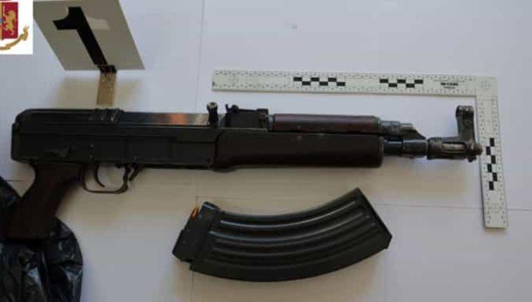 'Er is een gigantisch arsenaal op komst vanuit Oekraïne' Beeld Polizia di Stato