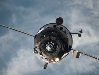 Stuurloze ruimtecargo duikt vrijdag de atmosfeer weer in