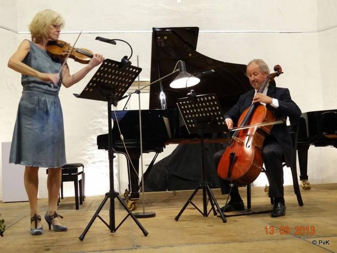 Emmy Verhey en Godfried Hoogeveen.