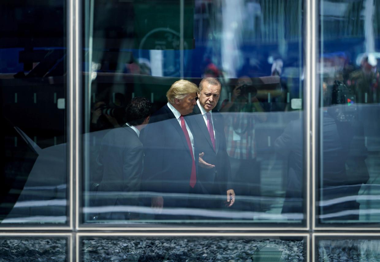 Trump en Erdogan in 2018 tijdens de Navo-top in Brussel. Beeld AFP