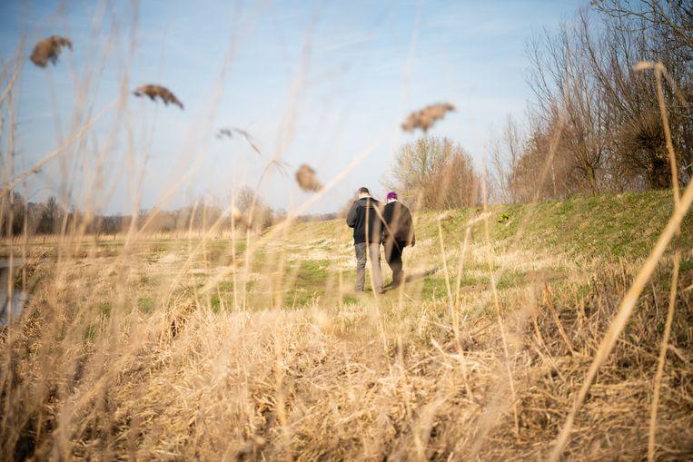 Wandelaars in het stroomgebied van de Dommel. Beeld null