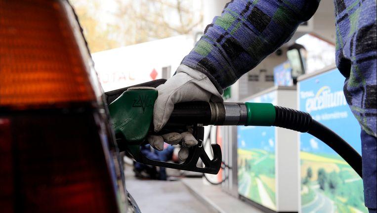 Kunnen we binnenkort brandstof tanken die gemaakt is uit hernieuwbarde energie? Beeld Photo News
