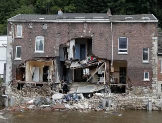 Roeselare betuigt medeleven met slachtoffers zware overstromingen, Natourcriterium start met minuut stilte