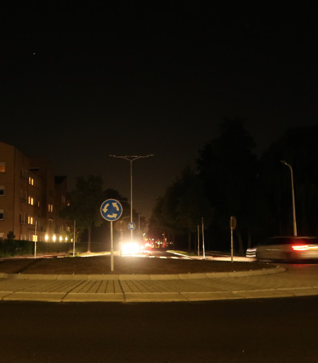 Na een maand tijdelijke verlichting bij nieuwe rotonde in Sliedrecht