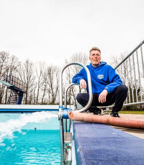 Rhedens buitenzwembad De Hangmat op weg naar het nieuwe zwemseizoen
