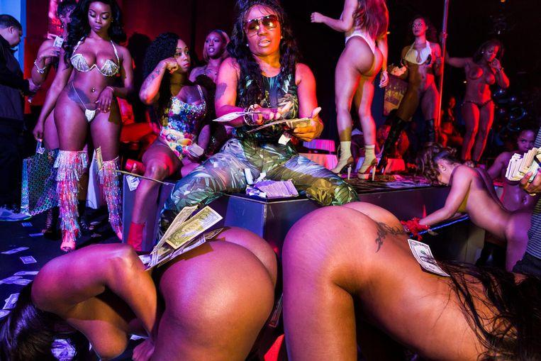 Voormalig stripper OG India in de club Magic City in Atlanta, 2015. Beeld Lauren Greenfield/INSTITUTE