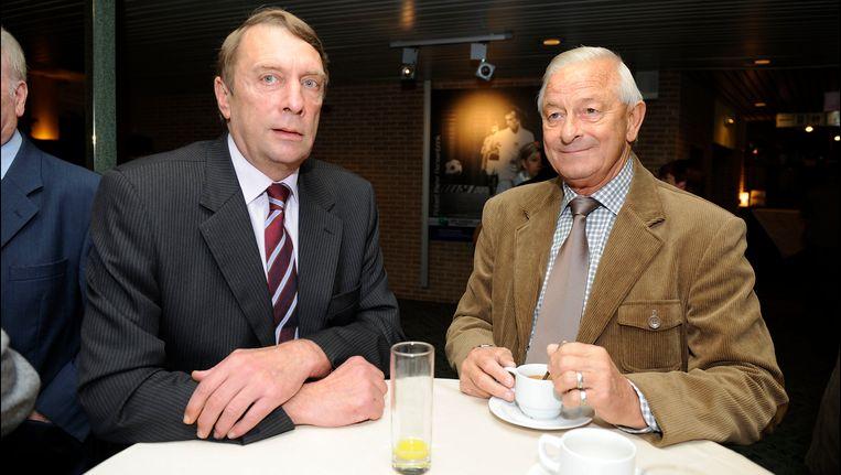 """Jean Trappeniers hier rechts van dat andere clubicoon Gilbert """"Gille"""" Van Binst."""