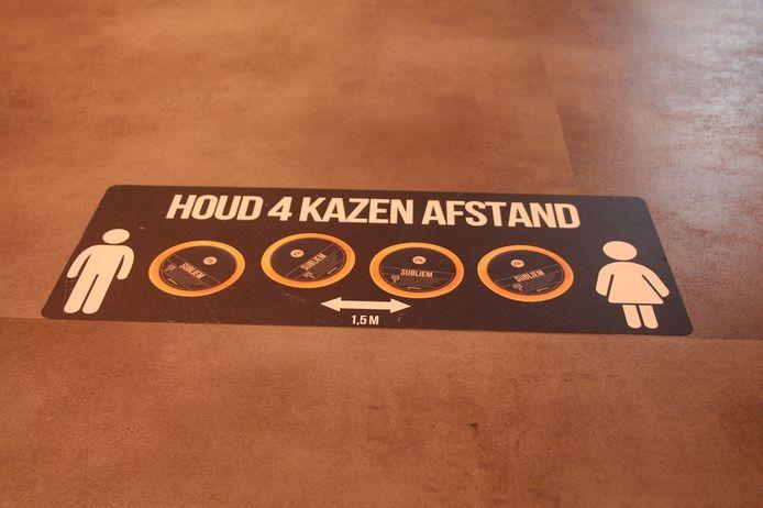 Vier kazen afstand houden, is het motto bij Zuivelhoeve Eibergen.