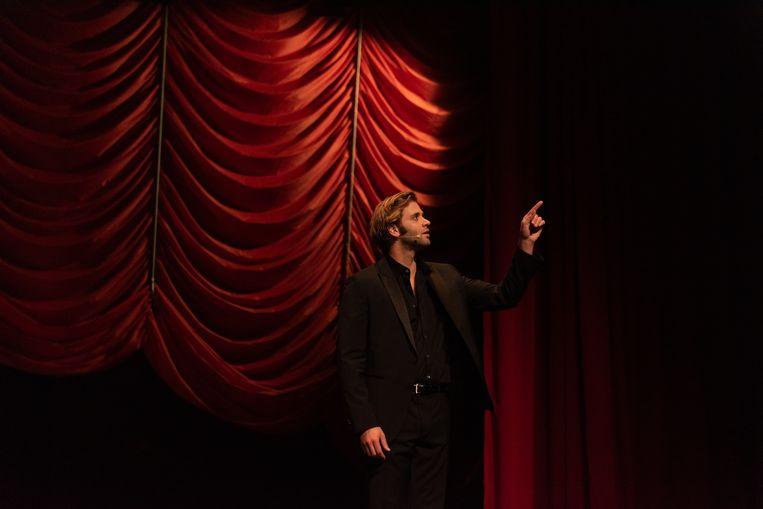Bastiaan Vandendriessche in 'Every Word Was Once An Animal'.  Beeld Mirjam Devriendt
