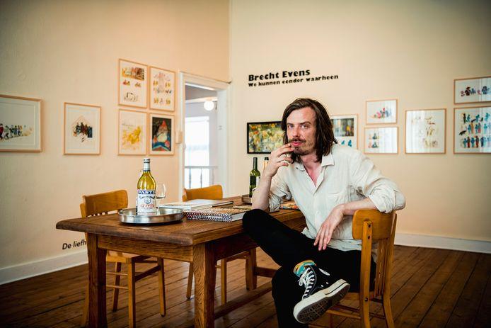 De Hasseltse striptekenaar Brecht Evens houdt zijn eerste, Belgische solotentoonstelling in zijn geboortestad Hasselt.