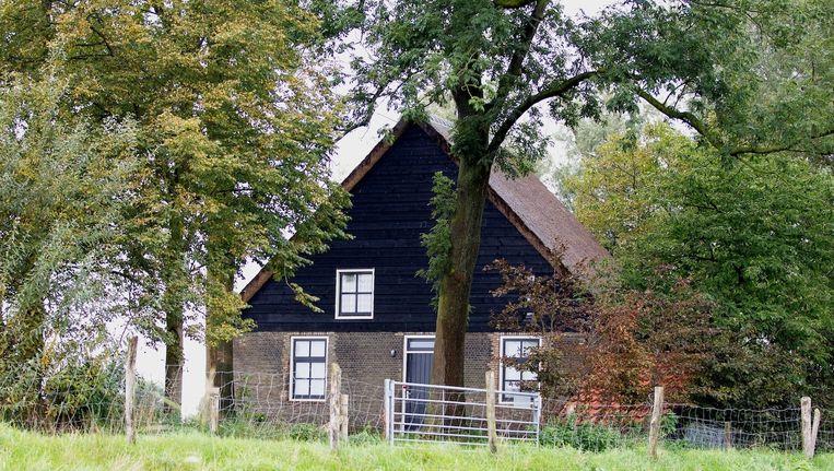 De recreatiewoning aan de Hamseweg in Hooge Zwaluwe waar de dubbele moord heeft plaatsgevonden. Beeld ANP