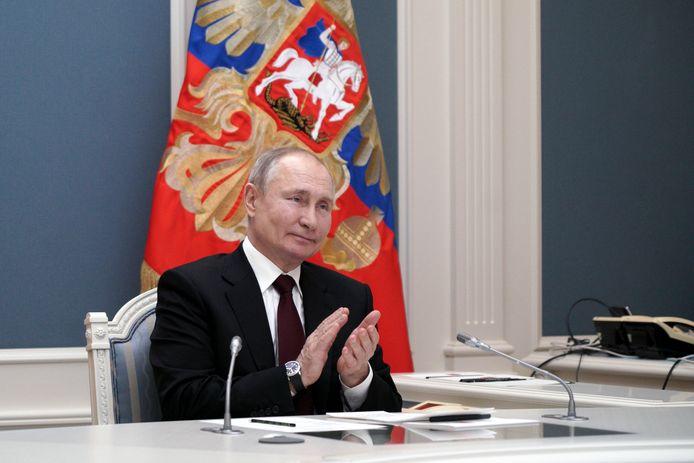Vladimir Poutine est autorisé à se représenter pour deux nouveaux mandats présidentiels et pourrait donc rester au pouvoir jusqu'en 2036