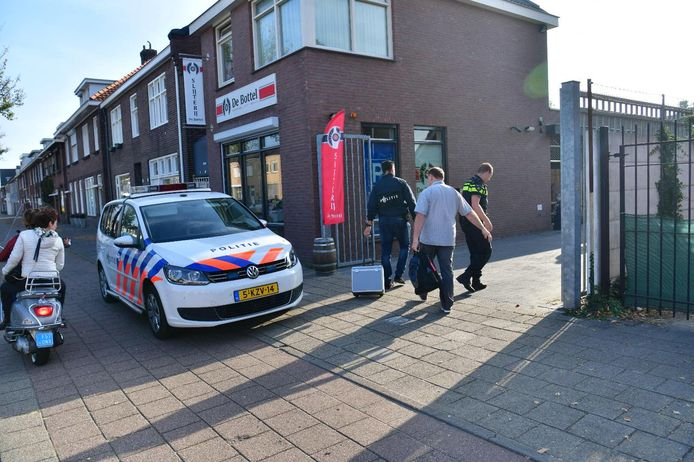 Overval op slijterij De Bottel Dranken in Eindhoven.