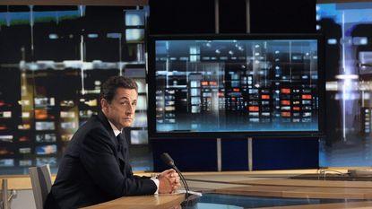 Sarkozy probeert in primetime populariteit op te krikken