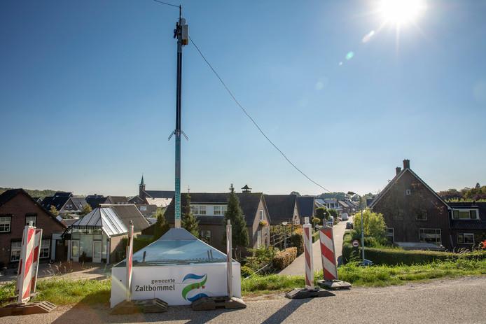 In de herfst van 2018 plaatste de gemeente Zaltbommel beveiligingscamera's om de Schoolstraat in de gaten te houden.
