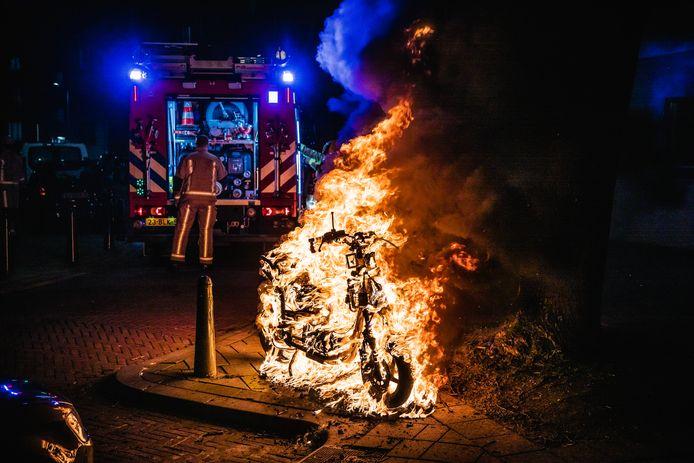 Scooterbrand Van Ruysbroekstraat