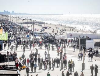 """Middelkerke past fietsverbod Zeedijk aan: """"Minder lang en kleinere zones"""""""