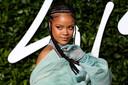 Je krijgt van je ouders een naam cadeau, bijvoorbeeld Rihanna, en voelt de verplichting iets terug te geven: dat je je ouders zult eren, of proberen net zo'n grootheid te worden als je naamgever.