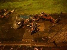 Deelscooter brandt af in Breda, mogelijk sprake van brandstichting