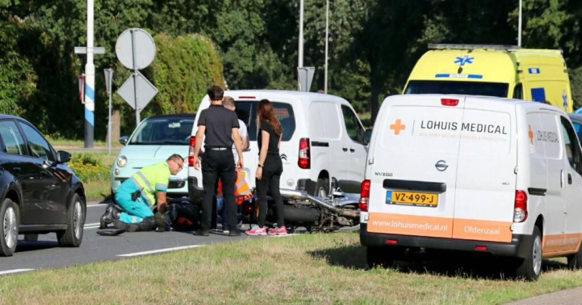 Motorrijder gewond bij aanrijding in Oldenzaal.