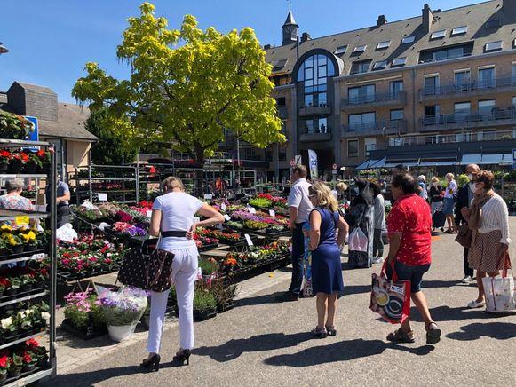 De dinsdagmarkt kon vorige week al op flink wat bezoekers rekenen.