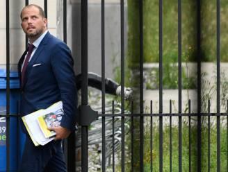 Raad van State vernietigt verhoogde vreemdelingentaks van Theo Francken