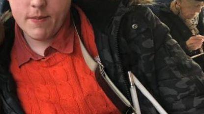 """Blinde rechtenstudent Joey (32) al voor tweede keer beroofd: """"Ik ben een gemakkelijke prooi"""""""
