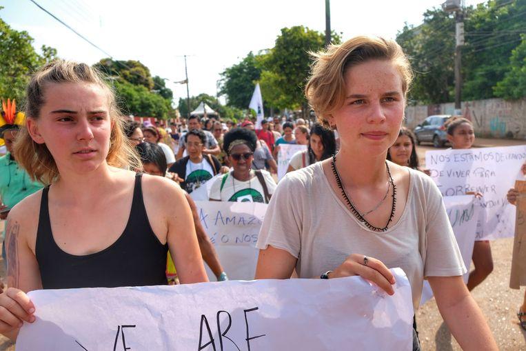 Samen met klimaatactivist Adelaide Charlier, in Brazilië in november.  Beeld BELGA