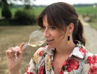 Femke (30) brengt wijn én bijhorend advies aan huis