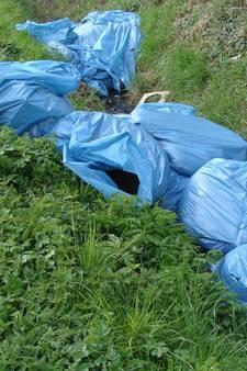 Politie treft 60 zakken met hennepafval aan rond Boslustweg Bergen op Zoom