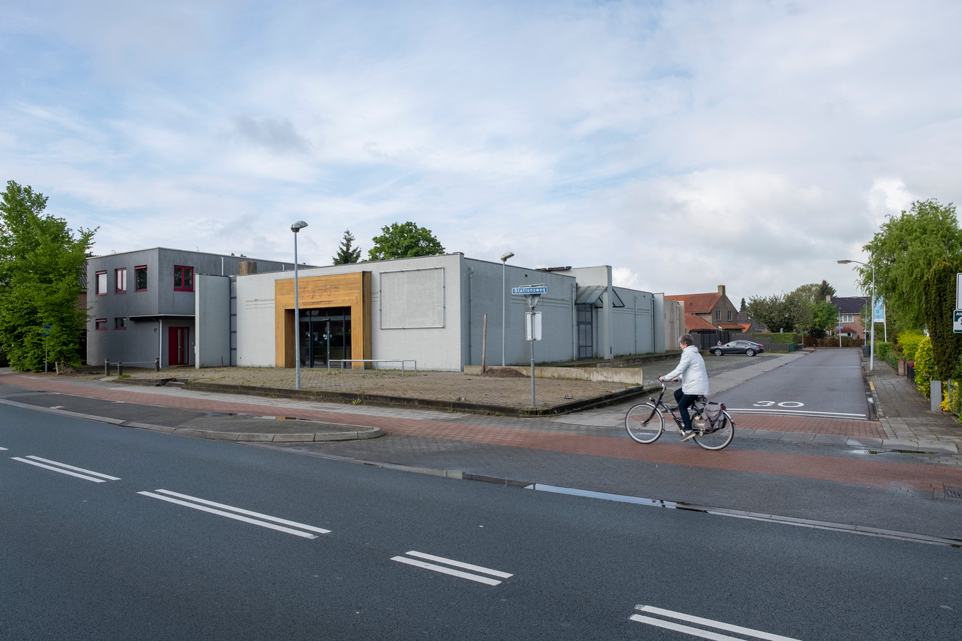 De ontwikkelaar die aan de slag wil met het oude pand van Welkoop, heeft diverse panden in zijn portefeuille waarin een Albert Heijn is gevestigd.