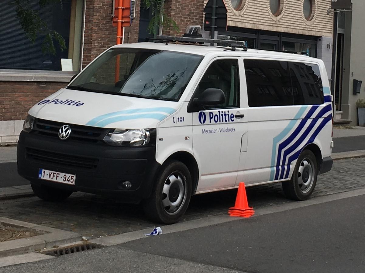 Een rit naar het politiecomissariaat kost opnieuw 100 euro.