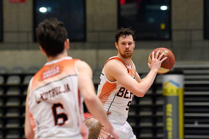 Met 15 punten en 9 rebounds was Jonas Delalieux de enige Leuvenaar met deftige statistieken.