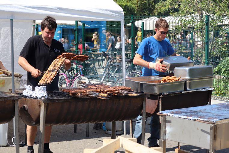 De barbecue wordt dit weekend toch van stal gehaald bij de Koninklijke Harmonie Sint-Cecilia Erpe.