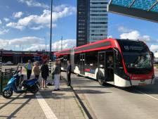 Scooter botst tegen lijnbus in Eindhoven